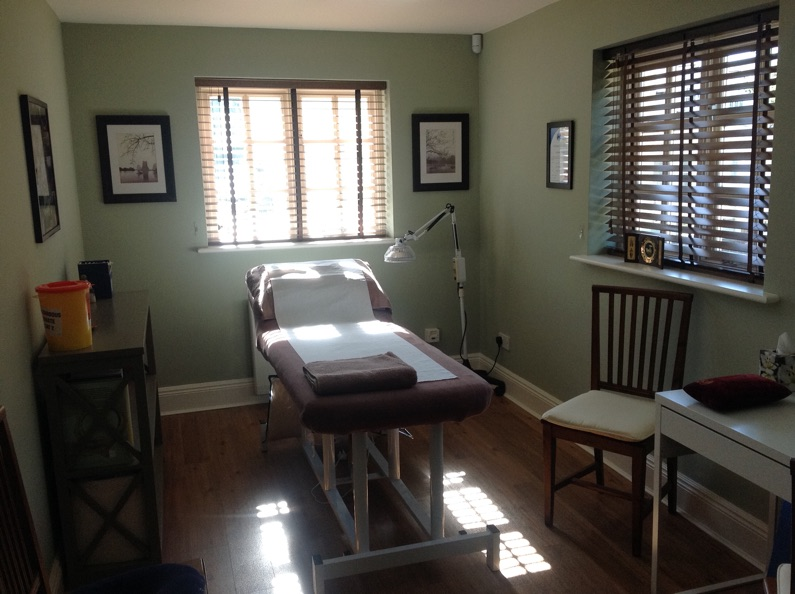 ashdon acupuncture treatment room